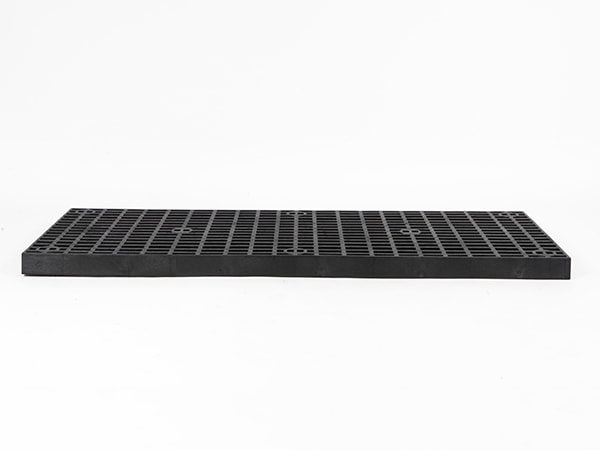 front view of plastic 66x24 Grid Top