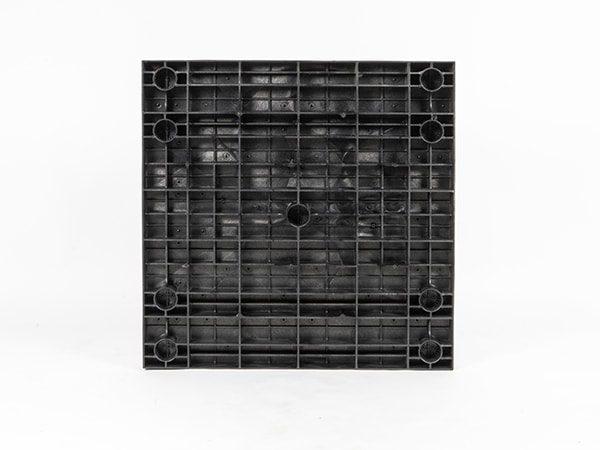 underside view of plastic 36x36 Solid Top