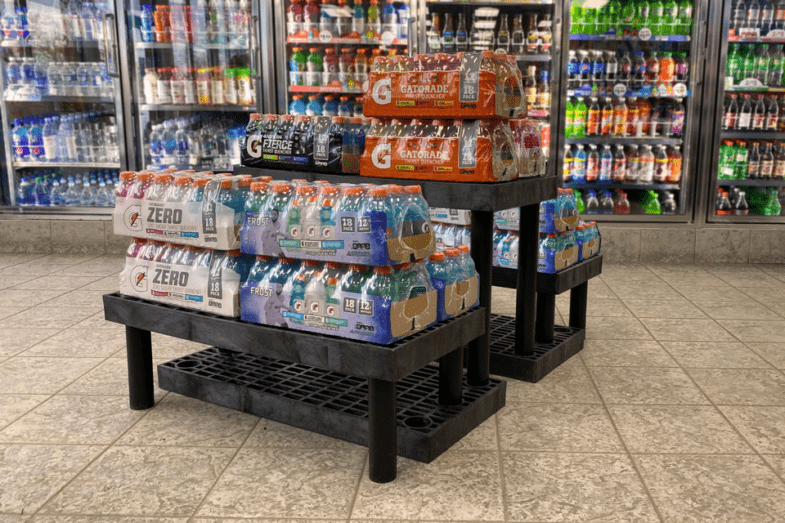 Bulk soft drink on plastic step display